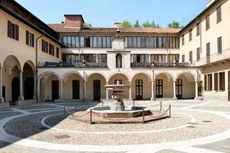 Milano - Monastero di san Michele, attuale sede centrale delle Orsoline di san Carlo in sant'Ambrogio. Qui nel 1353 soggiornò Francesco Petrarca.