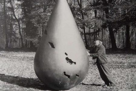 """Kengiro Azuma - 12 marzo 1926 con la sua """"Goccia d'acqua Mu765"""" (2008)"""