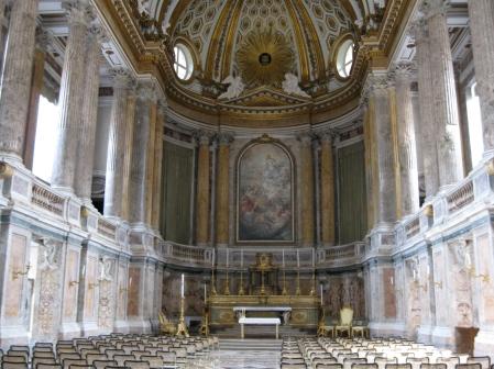 la splendida Cappella Palatina della Reggia di Caserta