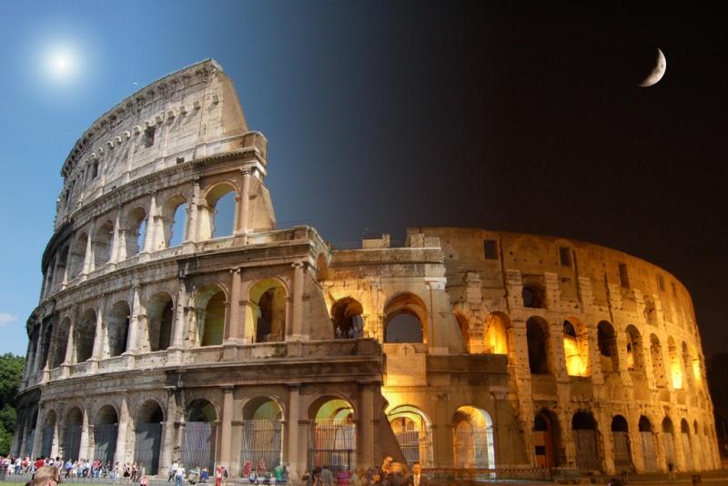 Il Colosseo di recente restaurato all'esterno.
